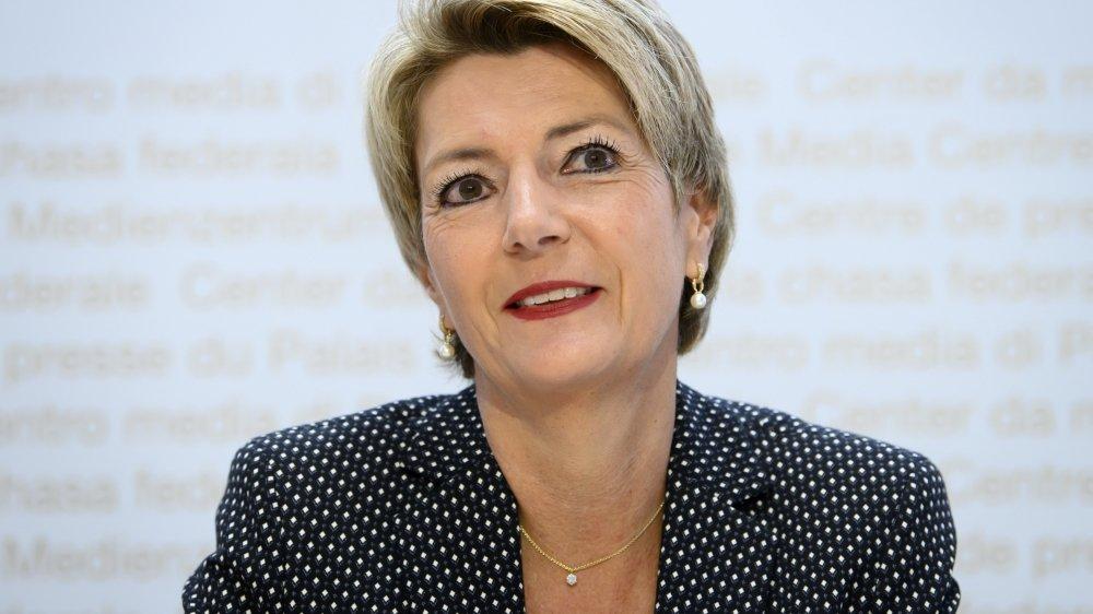 Karin Keller-Sutter a lancé sa campagne contre l'initiative «Pour des multinationales responsables».