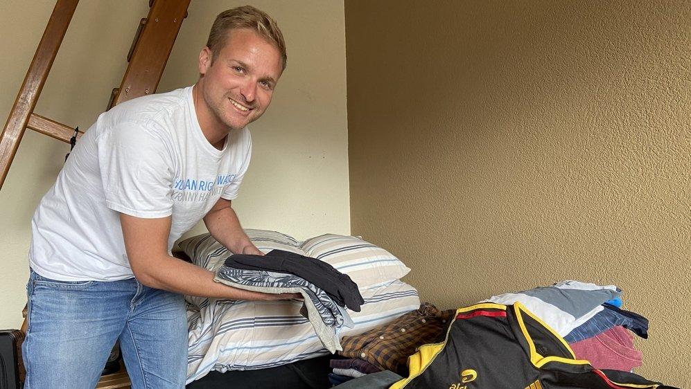 Occupé aux derniers préparatifs pour sa mission de deux ans en Ouganda, Bastian Collet nous a accueillis chez lui à Bramois jeudi.