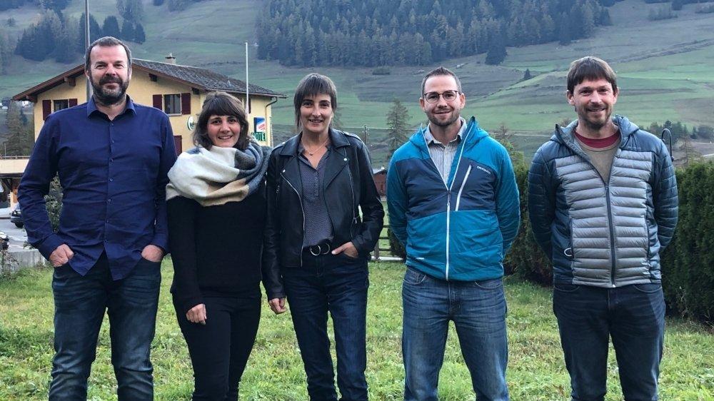 Les élus de gauche à droite: Stève Lattion (PDC), Tiziana Lattion (PDC), Roxane Darbellay (PLR), David Marquis (PDC), Basile Darbellay (Entremont Autrement)