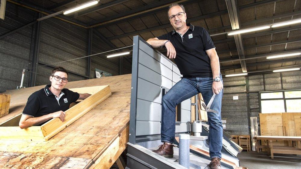 Bruno Ruppen, du Bureau des Métiers, et Paul Bovier, vice-président de l'association Tec-bat sont prêts à accueillir les compétitions SwissSkills.