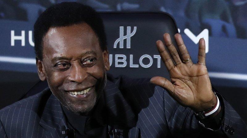 Football – Brésil: confiné en raison du coronavirus, Pelé fête ses 80 ans avec humour