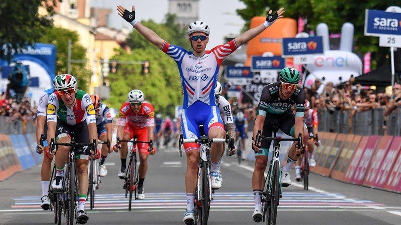 Arnaud Démare ouvre son compteur sur ce Tour d'Italie 2020. Il avait déjà remporté une victoire au Giro en 2019.