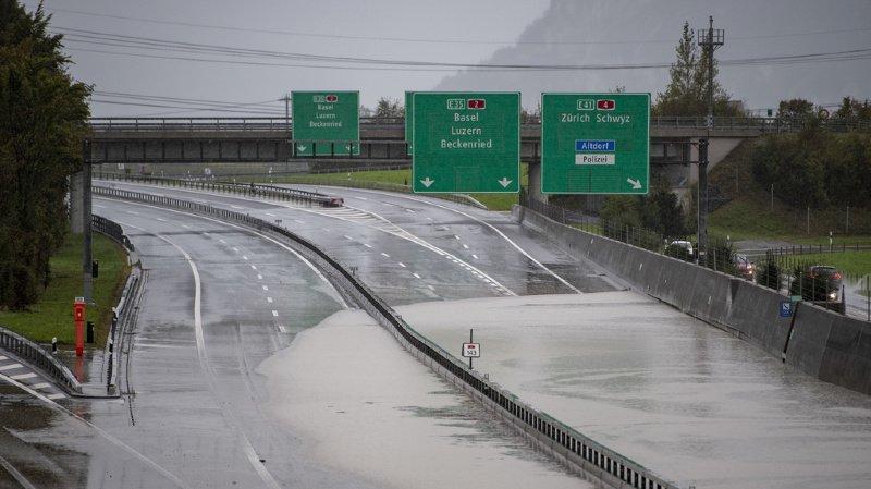 Intempéries: la tempête Alex fait des dégâts et provoque la fermeture de l'autoroute du Gothard