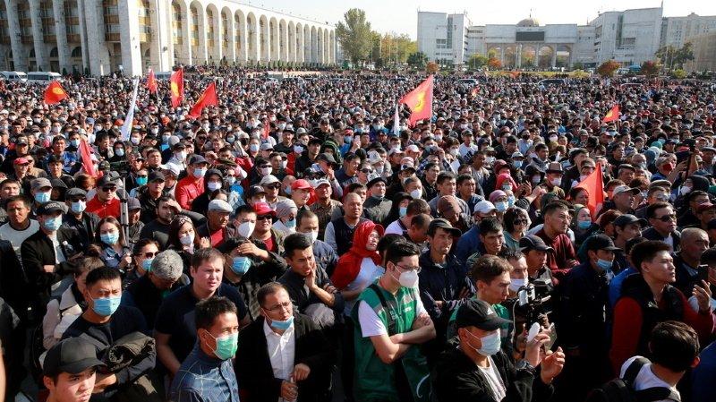 Le Premier ministre démissionne après des heurts — Kirghizstan