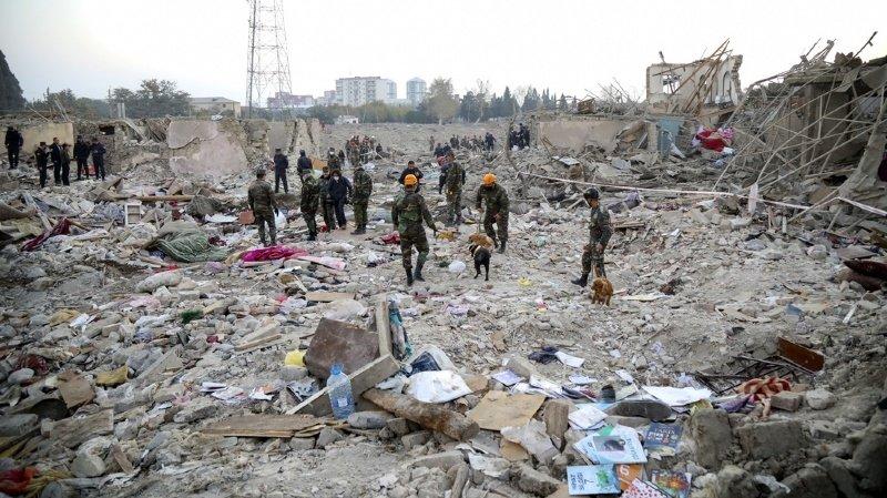 Ville de plus de 300'000 habitants, Gandja a déjà été frappée à plusieurs reprises depuis le début du conflit.