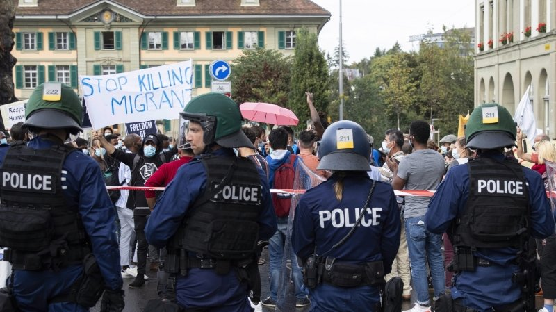 Berne: des activistes pour le climat dénoncent de la violence policière