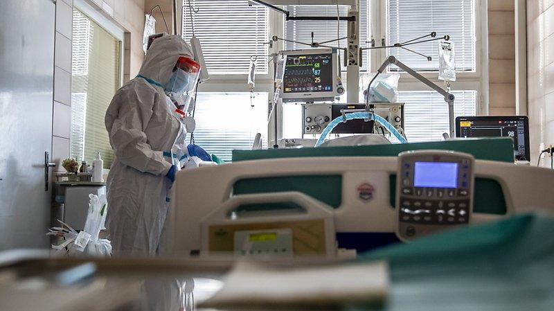 Coronavirus: les restrictions se durcissent en Europe