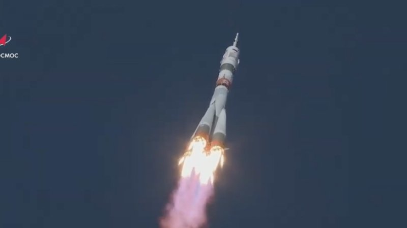 Espace: deux Russes et une Américaine décollent pour l'ISS