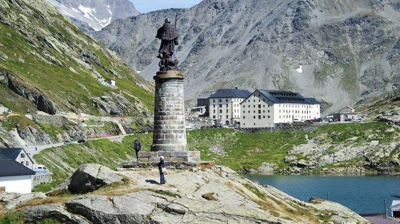 La route du col du Grand-Saint-Bernard est fermée pour l'hiver.