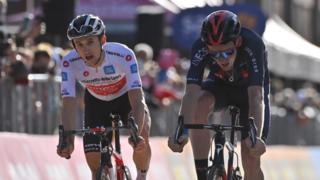 Cyclisme – Tour d'Italie: le Britannique Tao Geoghegan Hart a gagné la 20e  étape du Giro