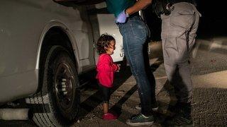 Etats-Unis: 545 enfants sans parents après avoir été séparés à la frontière