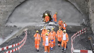 A9: le tube nord du tunnel du Riedberg voit le jour