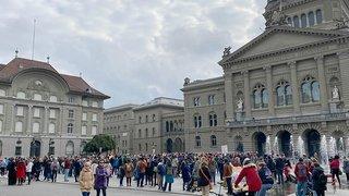 Coronavirus: manif à Berne pour protester contre les mesures de la Confédération