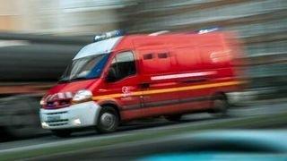 Quatre blessés à l'arme blanche à Paris près des anciens locaux de Charlie Hebdo: un suspect arrêté