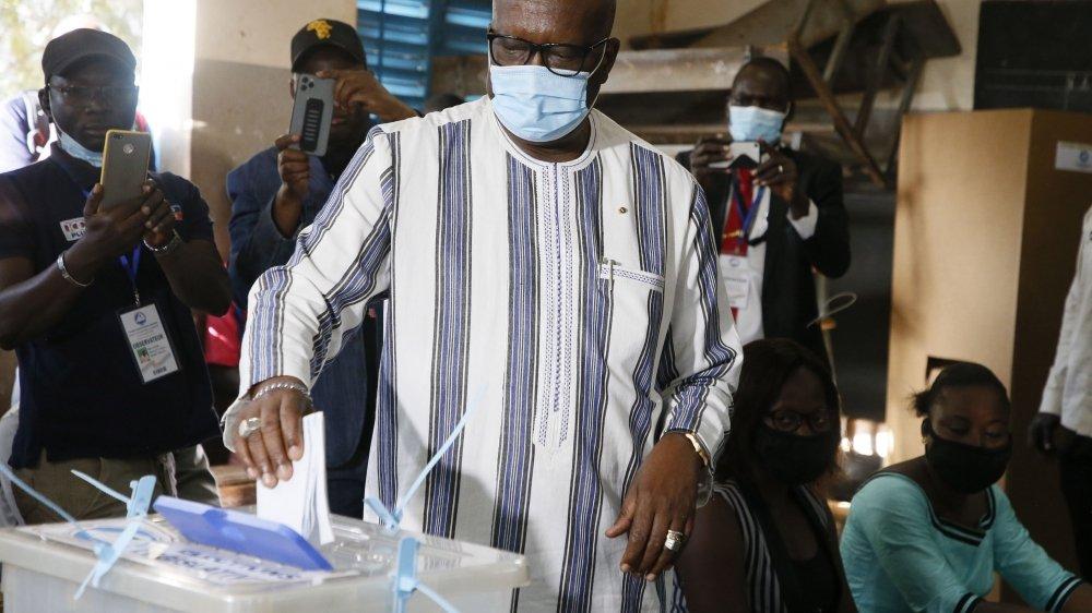 Le chef de l'Etat sortant, Roch Marc Christian Kaboré, brigue sa propre succession.
