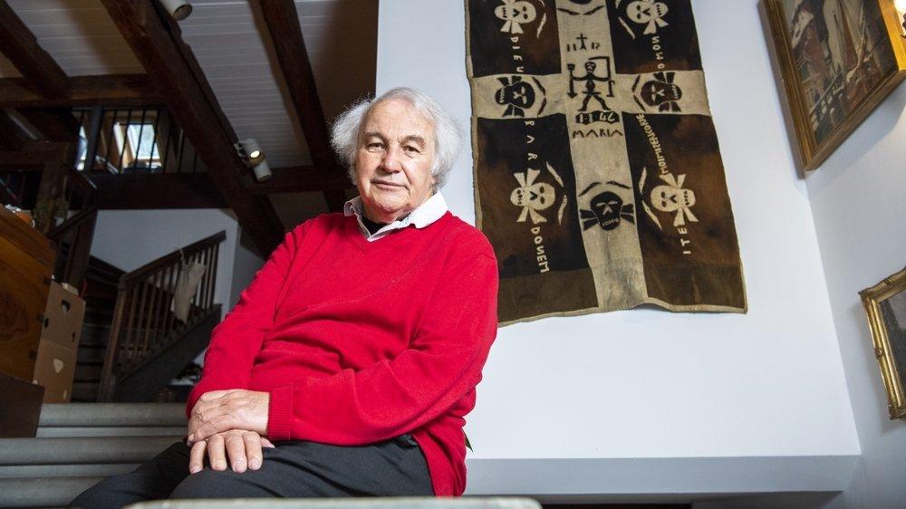 Bernard Crettaz estime que la société doit mettre autant d'énergie à sauver la vie d'une personne âgée que celle d'un jeune.