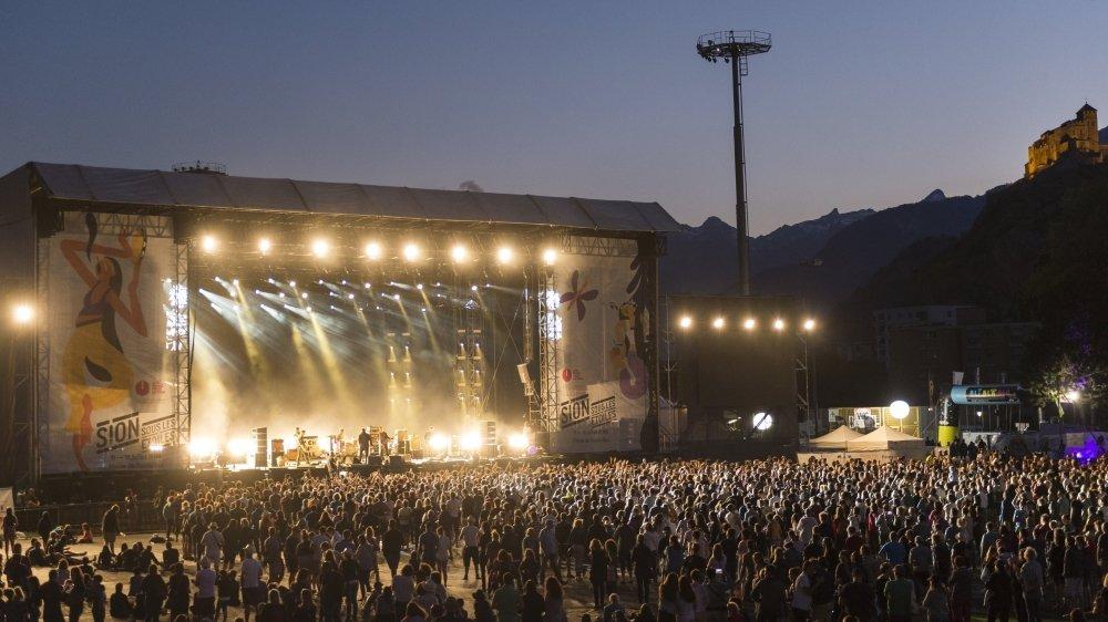 Une densité de public telle que celles des dernières éditions des grands festivals n'est pas envisageable pour l'été prochain, mais les open airs planchent sur des solutions pour maintenir leur édition 2021