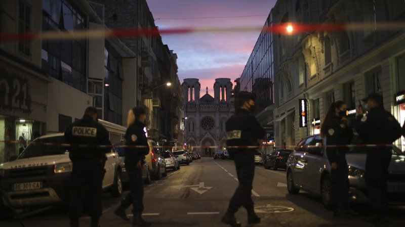 France: cinq ans après le Bataclan, la menace terroriste est au plus haut niveau