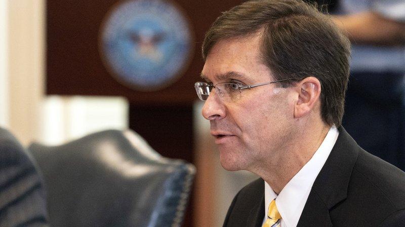 Trump vire le ministre de la Défense Mark Esper
