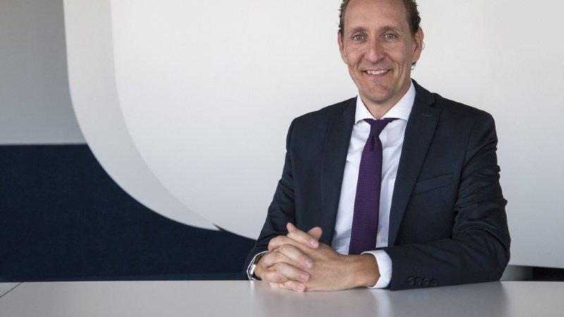 M. Vranckx, qui dirige depuis le début de l'année la compagnie aérienne belge Brussel Airlines, a occupé depuis 1998 divers postes de direction dans le secteur du transport aérien.
