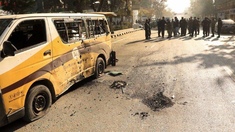 Les explosions de roquettes ont eu lieu dans le centre de Kaboul.