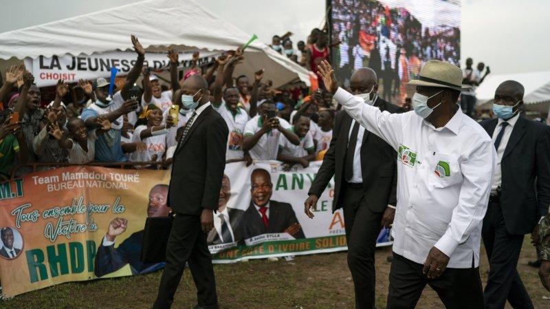 Côte d'Ivoire: le président Ouattara se présente pour un troisième mandat
