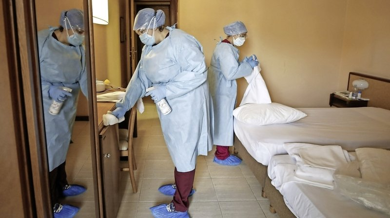 Italie: les autorités réquisitionnent des hôtels pour y mettre des patients atteints du Covid-19