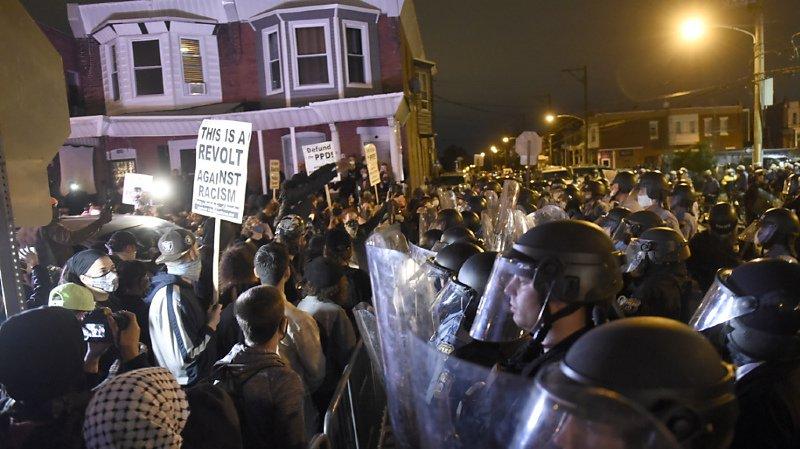 La police tue un noir, nouveaux affrontements — USA