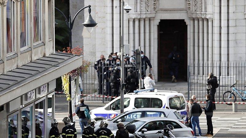 Attaque au couteau dans une église à Nice: le bilan s'alourdit à trois morts et plusieurs blessés
