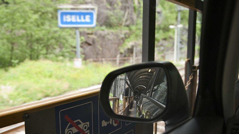 Simplon: le transport de voitures par train limité entre Brigue et Iselle