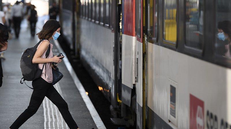 Les trajets en train en direction de l'Italie et de la France sont fortement réduits en raison de la pandémie (illustration).