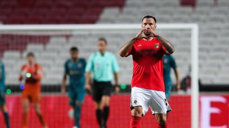Football: Seferovic marque un doublé mais Benfica perd contre Braga