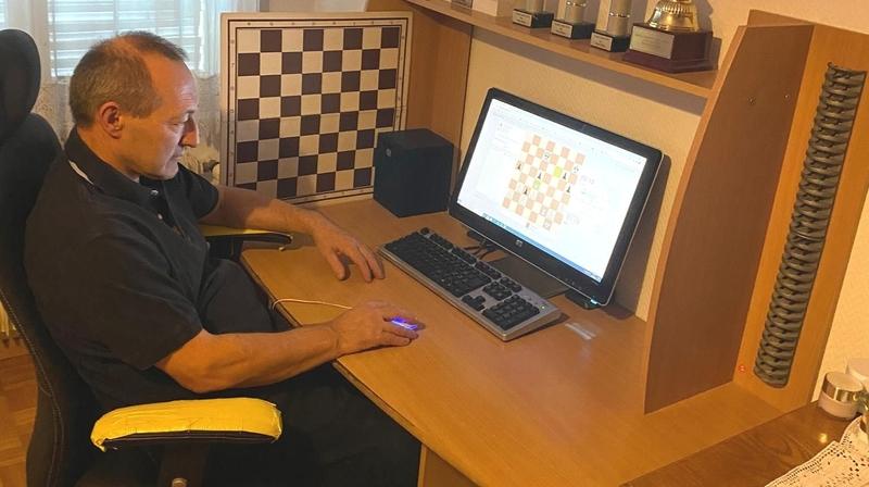 Echecs: le coronavirus accélère l'instauration de compétitions en ligne. En Valais aussi.
