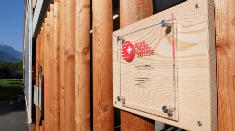 Le bois valaisan peut être un atout gagnant en construction. La preuve avec le parking couvert de l'hôpital de Sion qui a reçu le label Bois suisse en septembre dernier.