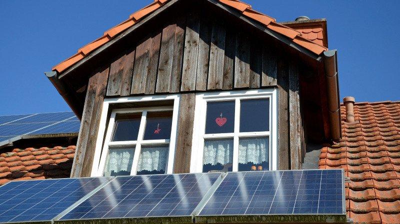 Valais: un calculateur pour mieux gérer l'énergie solaire que l'on produit