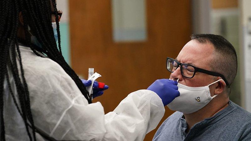 Coronavirus: nouveau record de contaminations aux Etats-Unis à Election J-4