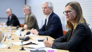 Coronavirus: les experts de la Confédération appellent la population à réduire ses contacts