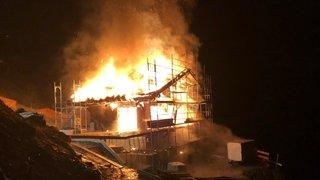 Hérémence: un chalet en construction détruit par les flammes aux Masses