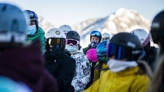 Skier au temps du Covid, c'est comment? On a testé pour vous à Saas-Fee