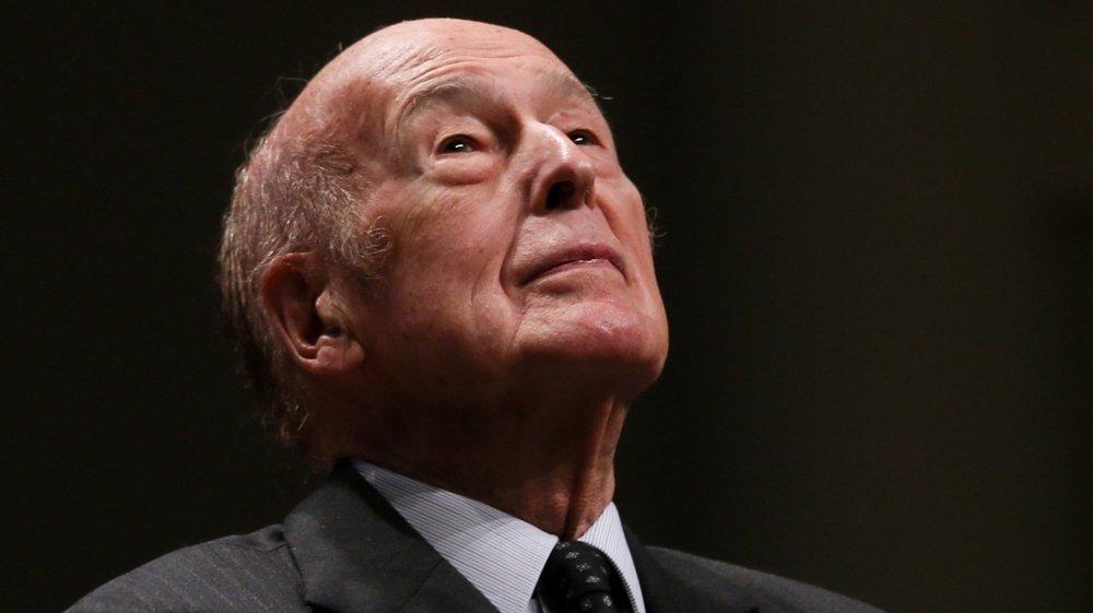 Valéry Giscard d'Estaing s'est éteint suite à une infection au Covid-19. Il avait 94 ans.