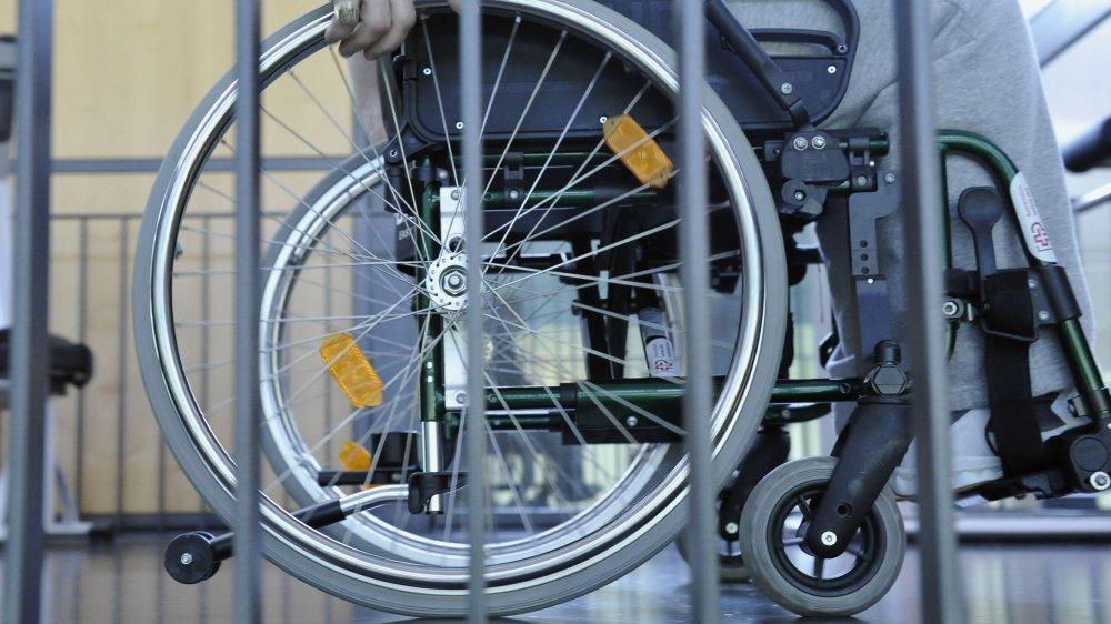Cette révision de loi permettra de répondre à la Convention de l'ONU sur les droits des personnes en situation de handicap ratifiée par la Suisse en 2014.