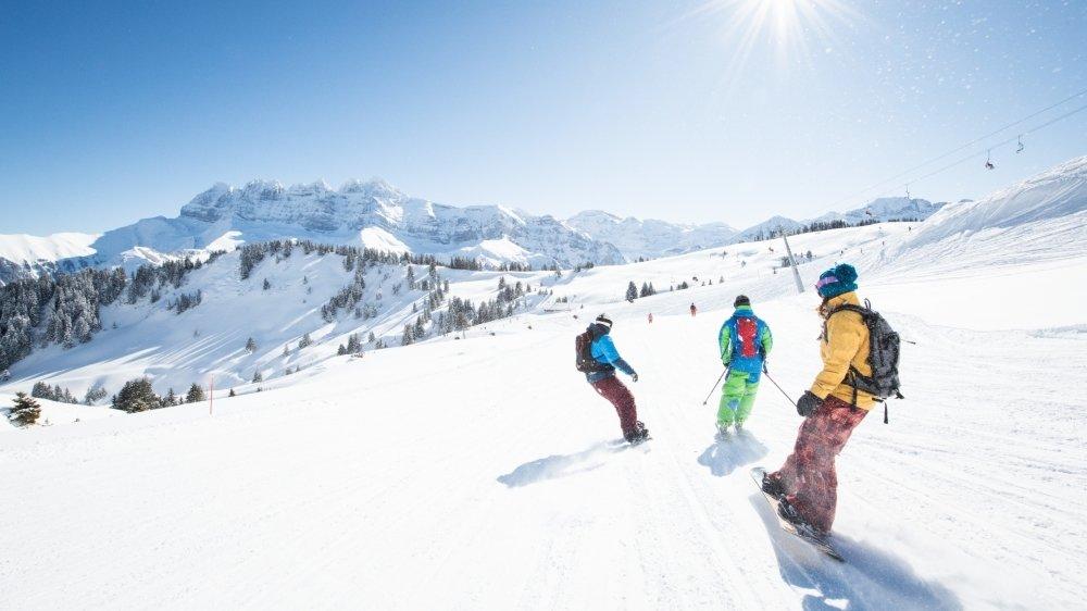 Les Portes du Soleil souhaitent accueillir les voisins français sur leurs pistes de ski.