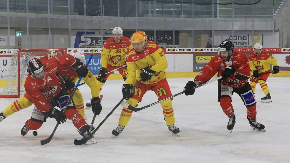 Guillaume Asselin et ses collègues de la deuxième ligne n'ont pas pesé, cette fois, sur la défense adverse.