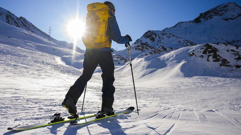 Coronavirus: face aux restrictions sur les pistes, le ski de randonnée tente les Valaisans