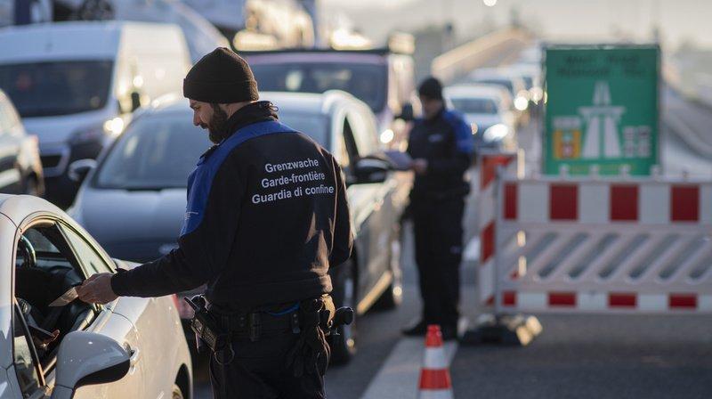 Frontières: le National soutient le projet d'amélioration du système d'information Schengen