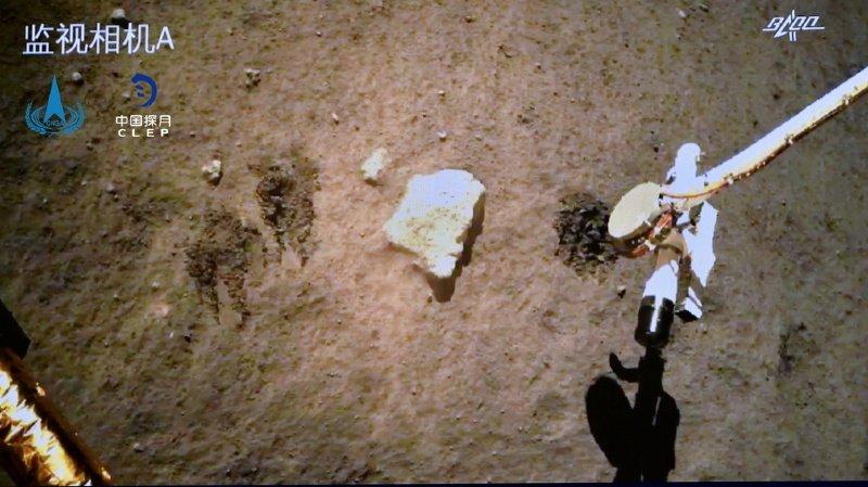 Espace: la sonde chinoise Chang'e 5 a achevé son prélèvement de sol lunaire