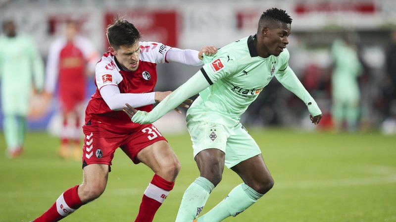 Football – Bundesliga: premier but de la saison pour Embolo, Dortmund à la traîne