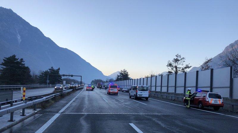 Bas-Valais: mort en voulant porter secours sur l'autoroute A9