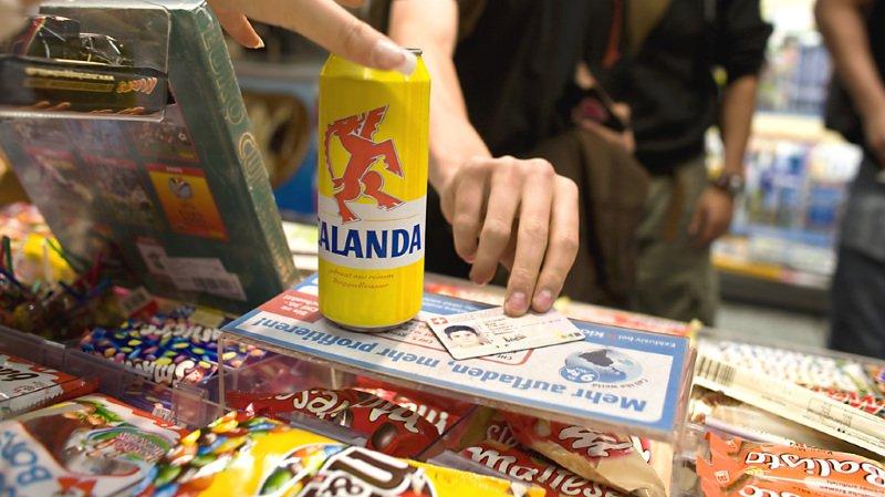 Consommation: une application empêche les mineurs d'acheter de l'alcool