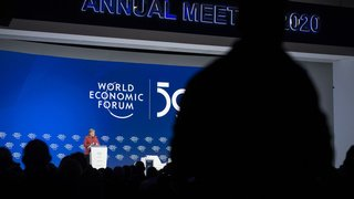 Coronavirus: le Forum économique mondial n'aura pas lieu en Suisse en 2021, mais à Singapour
